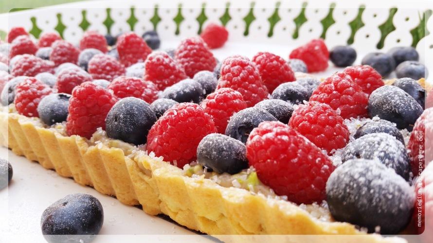 crostata_pistacchio_frutti_bosco1